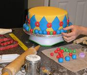 cake decorating image