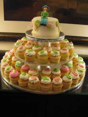 baby shower cake cupcakes image