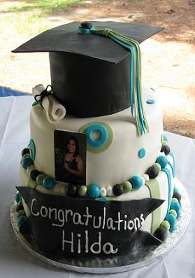 Awesome Birthday Cakes on This Graduation Cake Idea With Edible Cap And Diploma Was Made For The