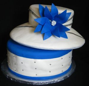 ladies hat cake image