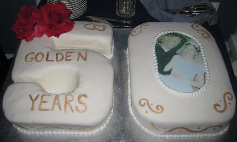 Nardia 39 s blog middleton 39s dress had a modest plunging for 50th wedding anniversary cake decoration ideas