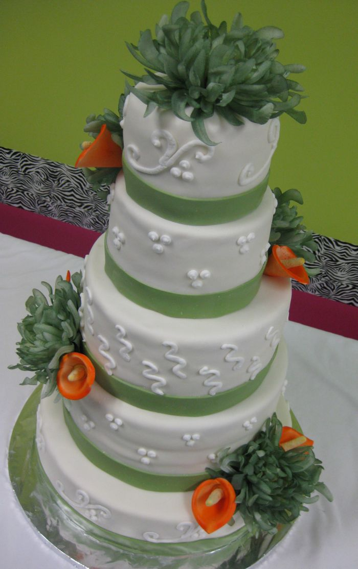 Calla Lily Wedding Cake Pictures And Ideas - Calla Lilly Wedding Cake