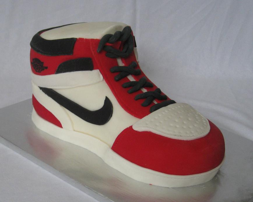 Cake Designs Shoes : Cake Ideas and Pictures for Special Occasions