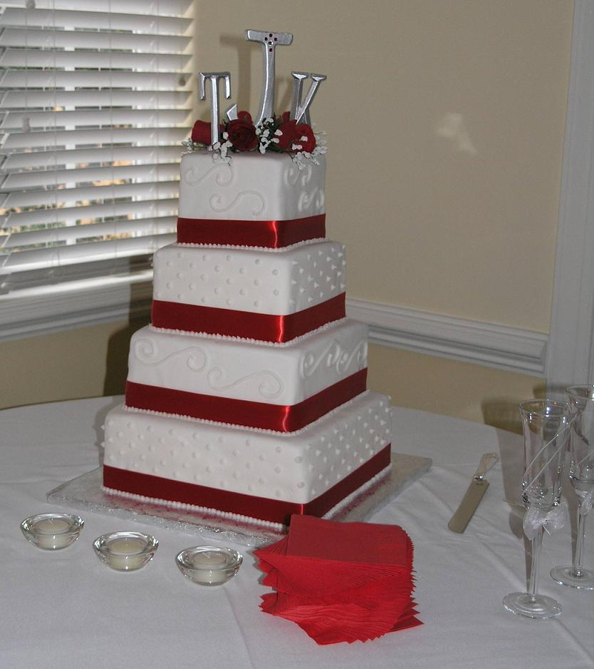 White And Red Square Wedding Cakes
