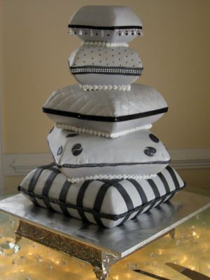 pillow cakes image