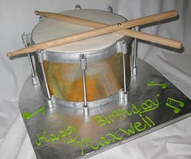 snare drum cake image