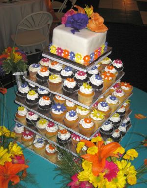 wedding cupcake idea image