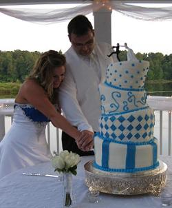 whimsical wedding cakes image