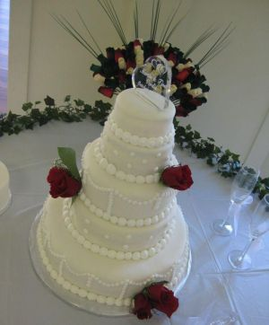 white wedding cake image