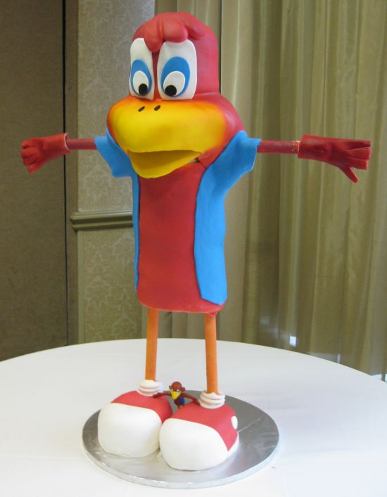 Red Robin cake image